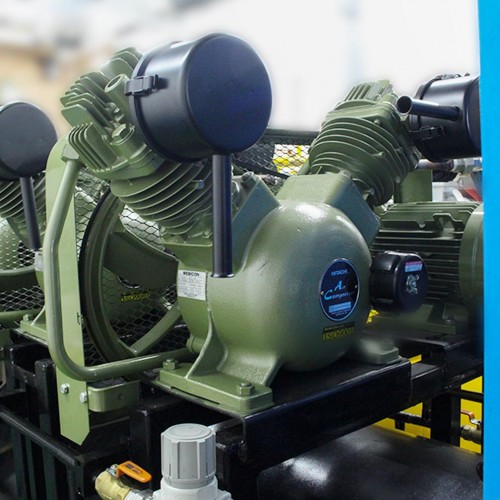 TRIPLEX SENTRAL GAS MEDIK COMPRESSED AIR